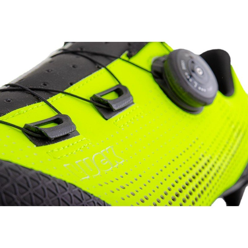 Zapatilla Mountain Bike  naranja fluor Matrix MTB en Luck eShop Bikes